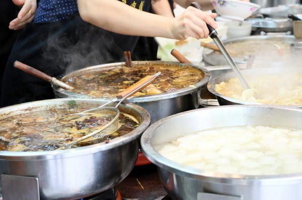黃記滷肉飯 (4)