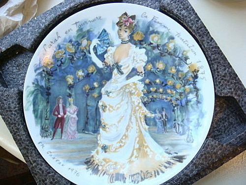 1976年法國Limoges 時代女性系列紀念瓷盤