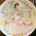 (硬布澎裙下的Scarlet-1865年難以親近的女性)