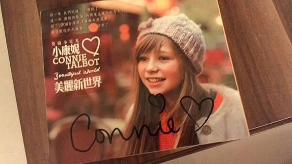 小康妮親筆簽名<3