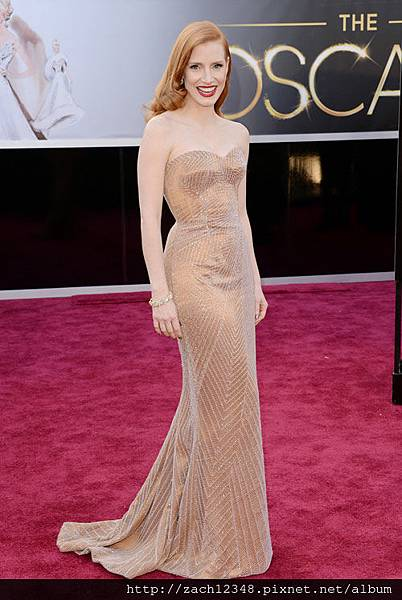 Jessica+Chastain+Armani+Prive+Oscars+2013+1.jpg