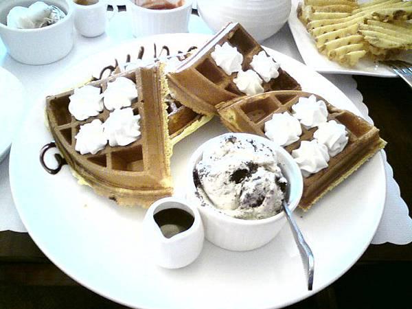 冰淇淋鬆餅餐.JPG