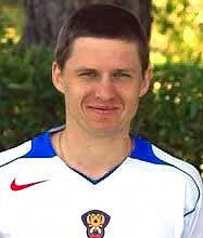 20 (MF) Igor Semshov