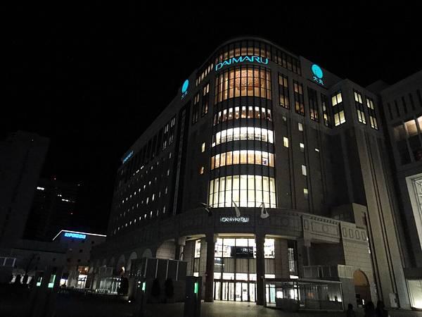[札幌] JR札幌站夜景02.JPG