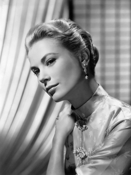 Grace Kelly 01