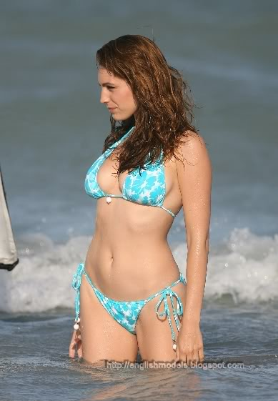 Kelly Brook_34.jpg