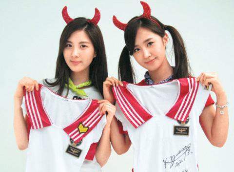 左/徐玄,右Yuri
