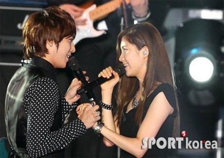 CNBLUE_and_SNSD_s_Seohyun_special_stage_at_2010_Incheon_Korean_Music_W_04092010072009.jpg