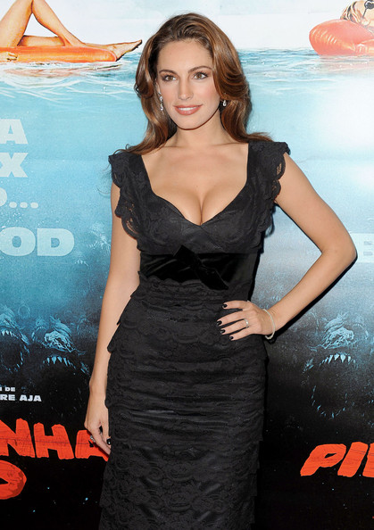 Kelly Brook_39.jpg