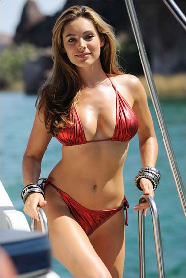Kelly Brook_07.jpg