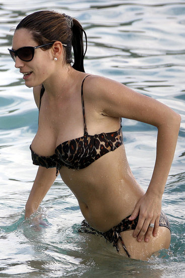 Kelly Brook_18.jpg
