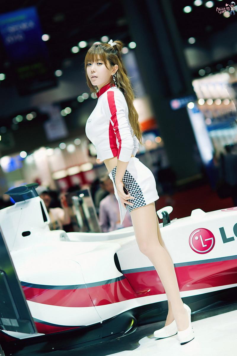 韓國車模heoyunmi_40.jpg