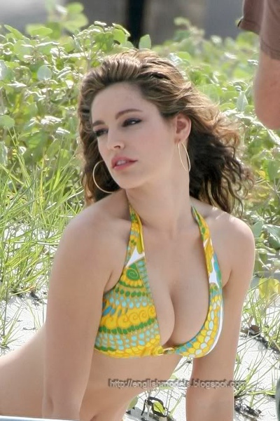 Kelly Brook_33.jpg