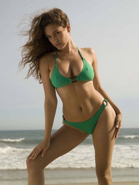 Kelly Brook_03.jpg