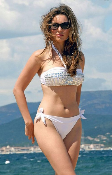Kelly Brook_24.jpg