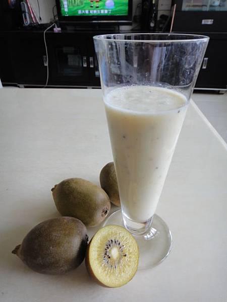 奇異果優酪乳.JPG
