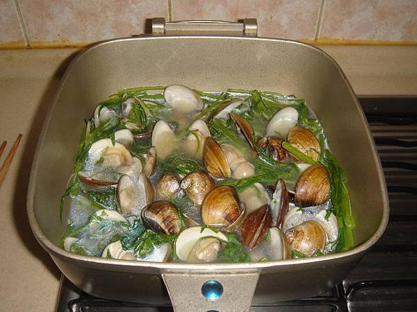 0911午餐-蛤蠣空心菜