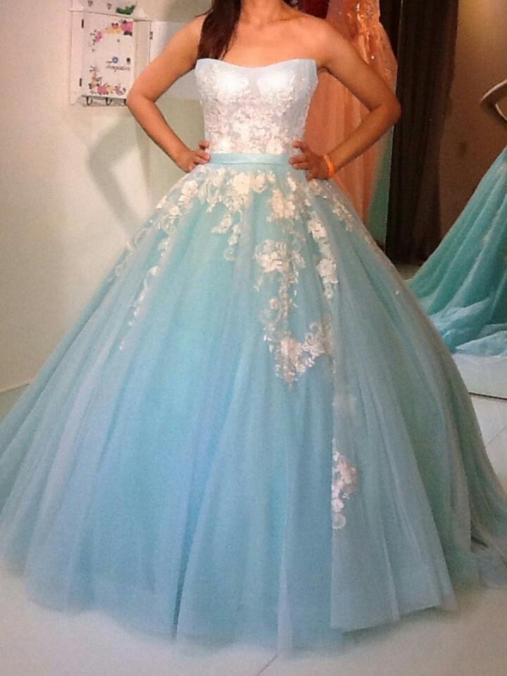 新竹婚紗工作室:禮服出租服務