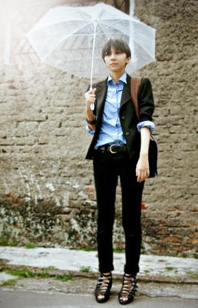 une-and-julia-paul-smith-rock-and-republic-heels-wedges-diy-blazers-shirt-blouses-denim-skinny-pants-black-blue-dark-brown-personal-style-winter-casual-290x450.jpg