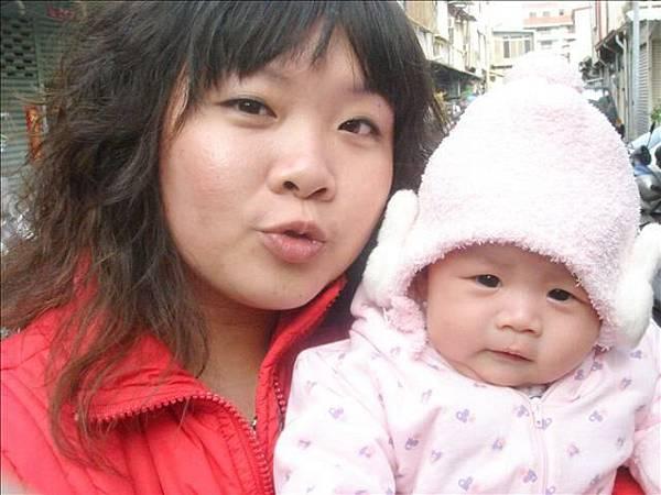 小小芯頤跟姨婆