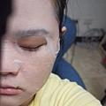 珍珠敷臉中2.JPG