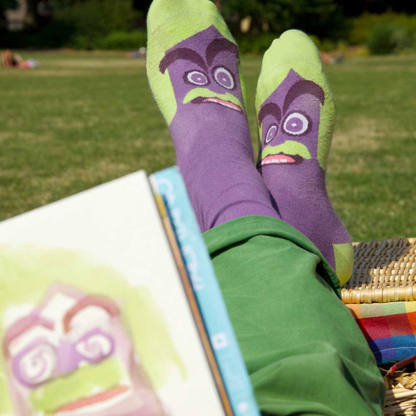 Birthday-Present-Sigmund-Purple-Socks_grande