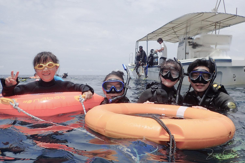 Gigi青洞浮潛 下水