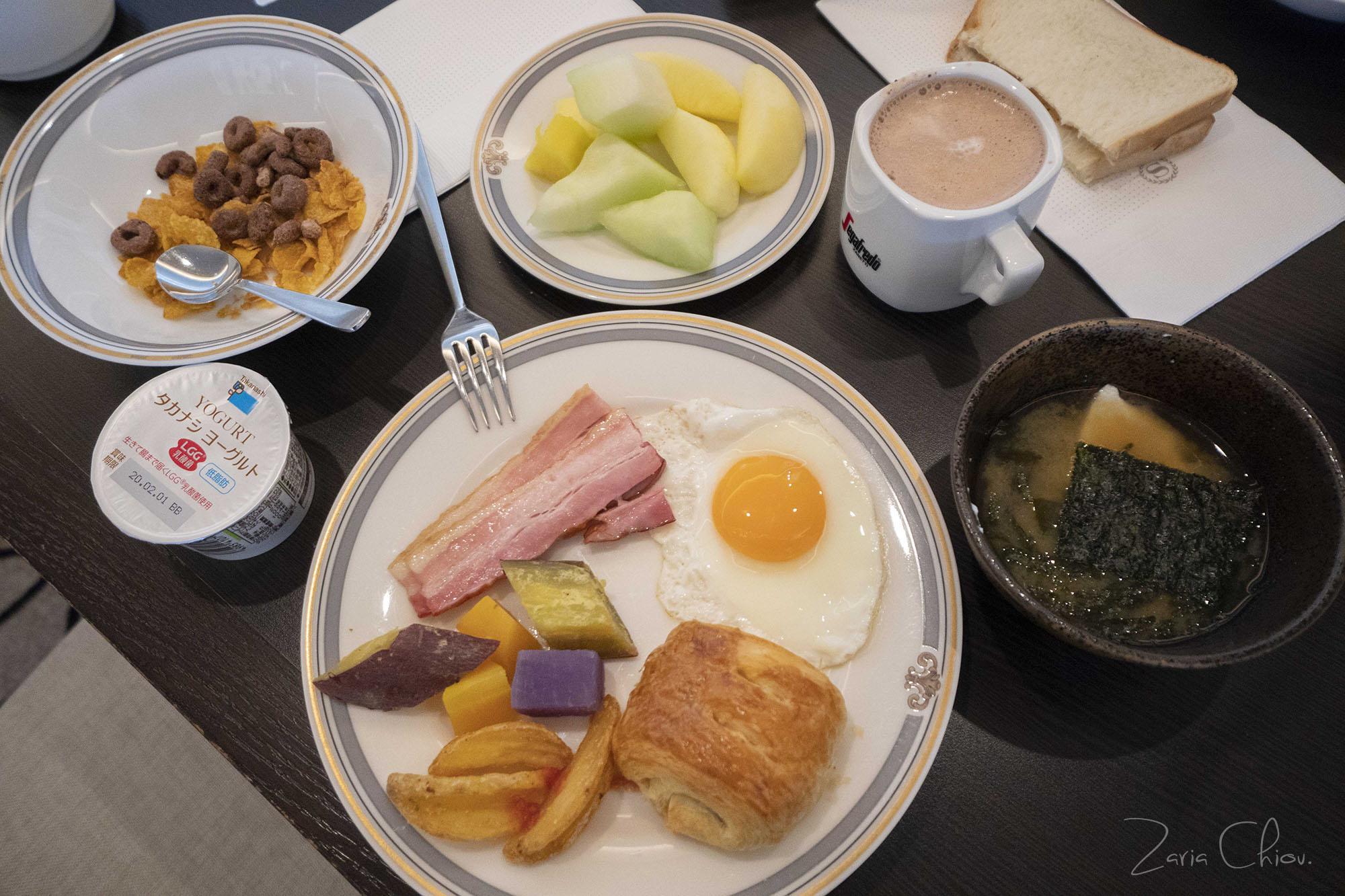 Sheraton Club_Breakfast