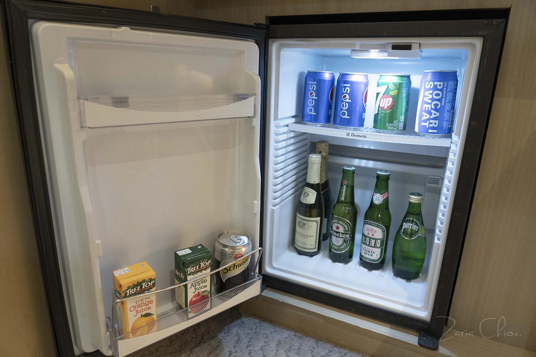 寒舍艾美_小冰箱