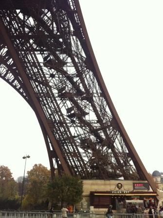 Eiffel Tower08.JPG