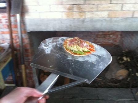 DIY窯烤Pizza11.JPG