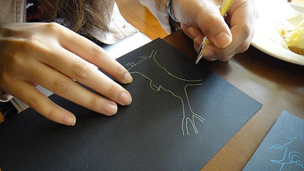 學生鋼珠筆單色樹練習(3)