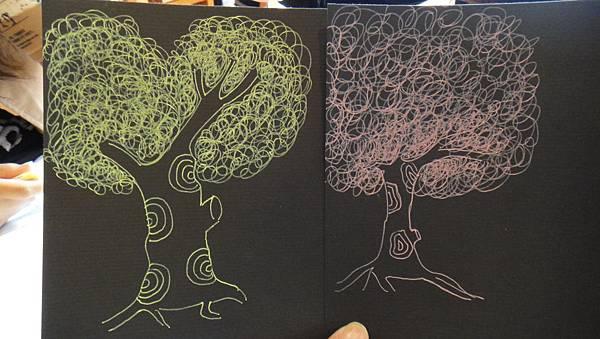 學生鋼珠筆單色樹練習(成品)