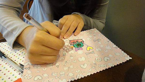 》學生美術紙創意畫練習(4)
