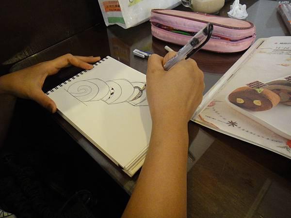 》學生鋼珠筆甜點畫(蛋糕)練習(5)