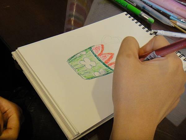 》學生鋼珠筆甜點畫(聖代)練習(3)