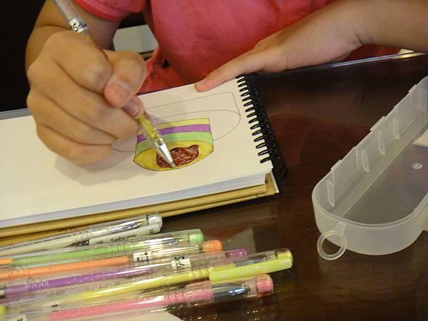 》學生鋼珠筆甜點畫(生日蛋糕)練習(1)