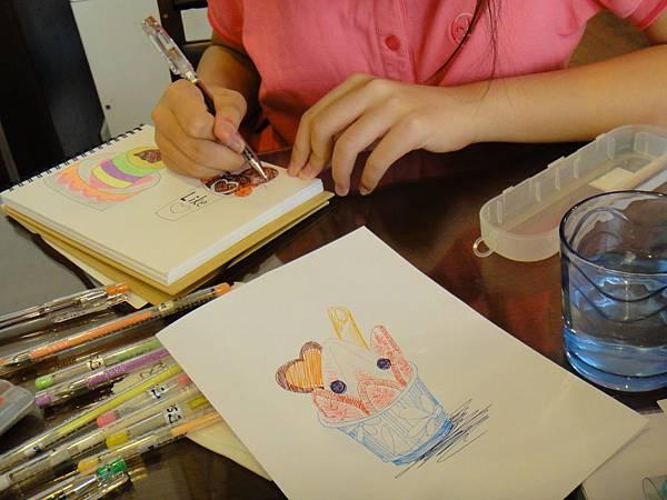 》學生鋼珠筆甜點畫(聖代)練習(1)