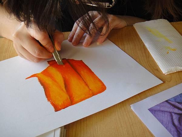 》學生布的皺摺畫法練習(4)