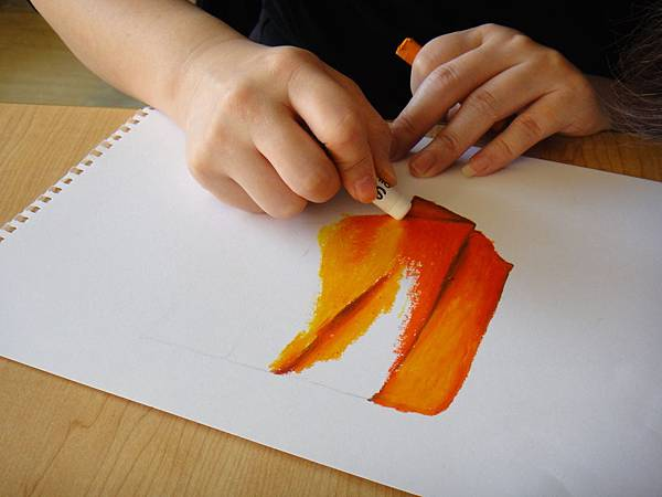 》學生布的皺摺畫法練習(2)