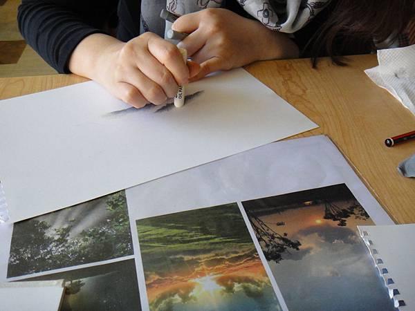 》學生雲朵曙光的畫法練習(1)