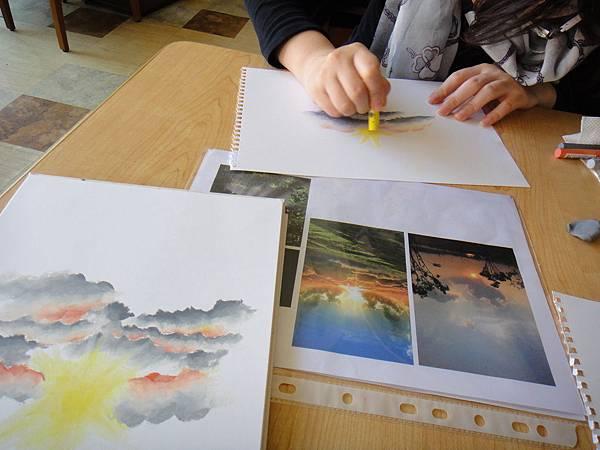 》學生雲朵曙光的畫法練習(3)