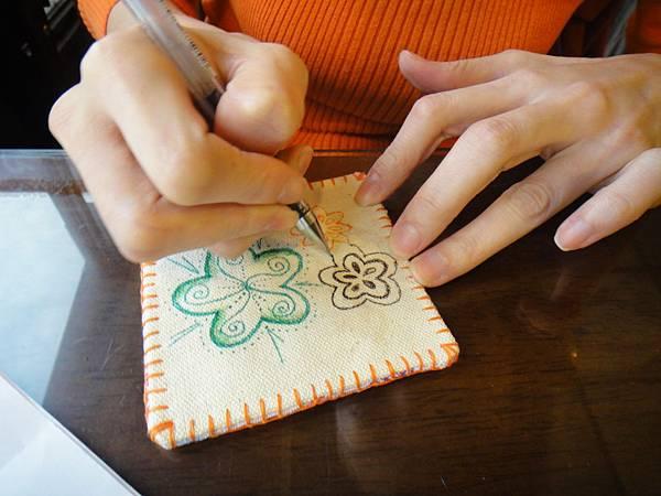 》小sa手繪杯墊圖案設計繪製(4)