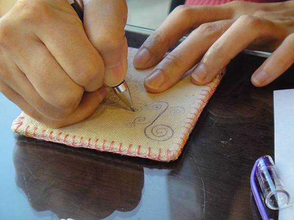 》Lisa手繪杯墊圖案設計繪製(1)