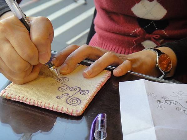 》Lisa手繪杯墊圖案設計繪製(2)