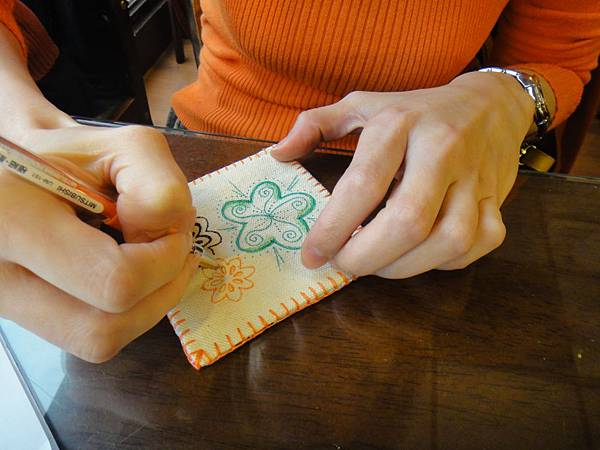 》小sa手繪杯墊圖案設計繪製(3)