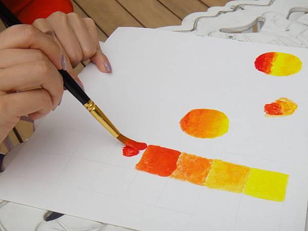 》學生壓克力調色混色練習(1)