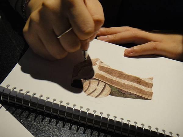 》學生原子筆蛋糕畫練習(3)
