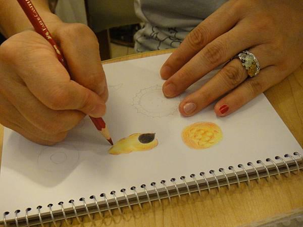 》學生色鉛畫麵包練習(6)