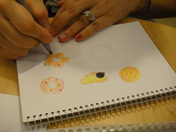 》學生色鉛畫麵包練習(11)
